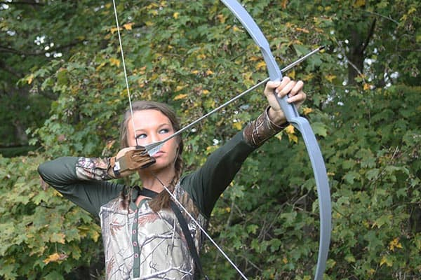 Stringing the Recurve Bow